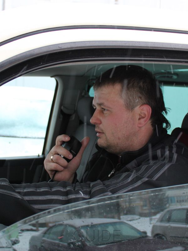 Minsk taxi: Mobile is on and average daytime email reply time is 30 min