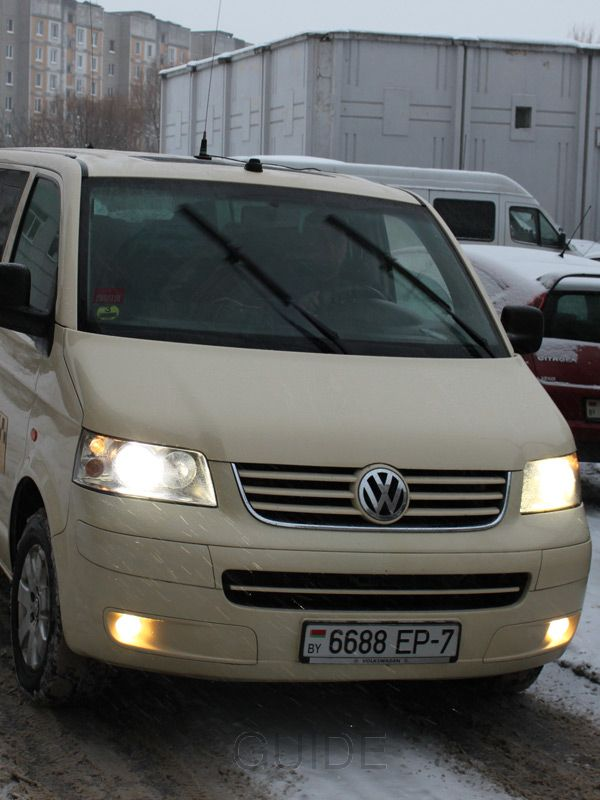Minsk taxi: Volkswagen Caravelle T5 is the only such minibus in Minsk taxi services