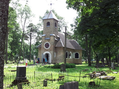Lida Old Cemetery chapel